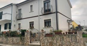 Casa Indipendente in Via Farina